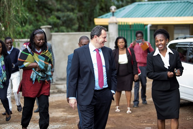 World-Bank-Country-Director-Diaritou-Gaye-left-Johan-Mistiaen-WB-Program-Leader-being-welcomed-to-Kigumo-Law-Court-by-Hon.-Agnes-Mwangi.-2