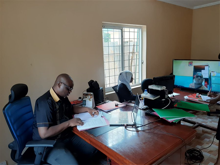 Magistrate at Shanzu Law Courts presides over case via a video link